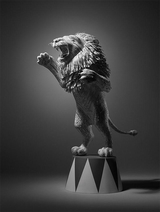 Hotel Bill Receipt | 10 Creative & Famous Lion Sculptures Outdoor Art