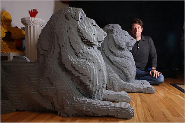 Lego Lion Sculptures, By Nathan Sawaya | 10 Creative & Famous Lion Sculptures Outdoor Art