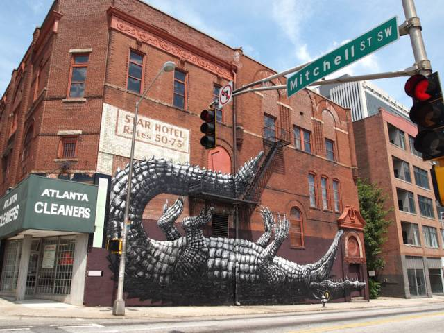 Building Crocodile Wall Art Mural   10 Creative 3D Street Art Wall Murals