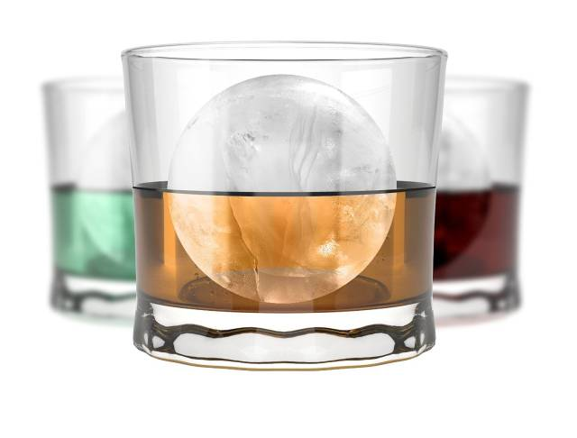Perfect Round Ball Ice Cube Tray | 10 Unusual And Creative Ice Cube Trays