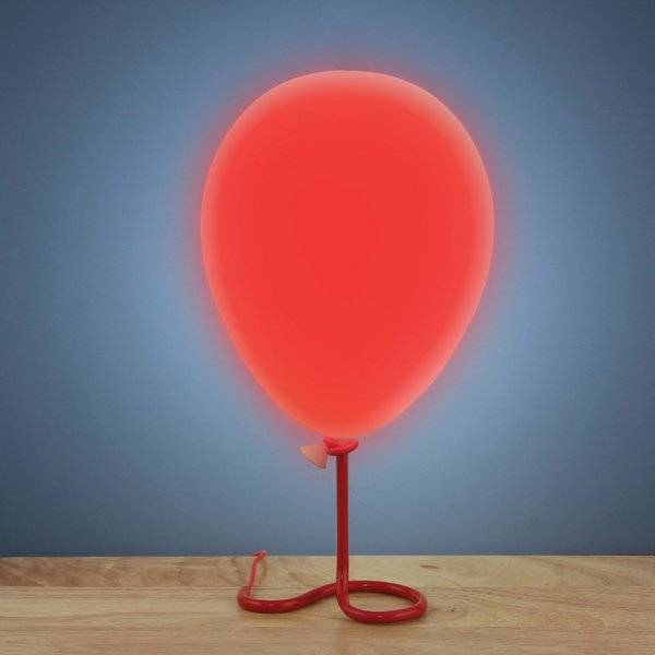 The Balloon Lamp Creative Lighting // 10 CREATIVE & Funky Lighting Designs That Will Make Your Home Incredible