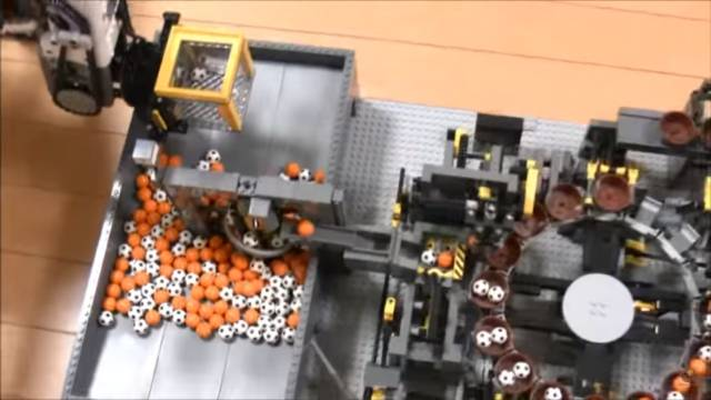 Incredible Lego Ball Machine // 10 Creative Lego Machine & Robot Builds For Construction
