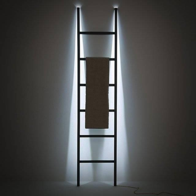 Minimalist LED Clothing Rack // 10 Minimalist Home Decor Ideas That Will Make Any Minimalist Drool
