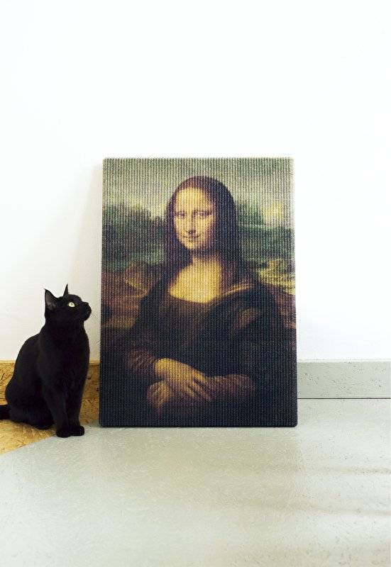 The Copycat Art Scratcher Gives Painting For Cats // 10 CREATIVE Art Lover Gifts That Will Appeal To Your Inner Artist