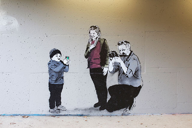 Selfie Aware | Social Media Street Art, a Sign Of The Times