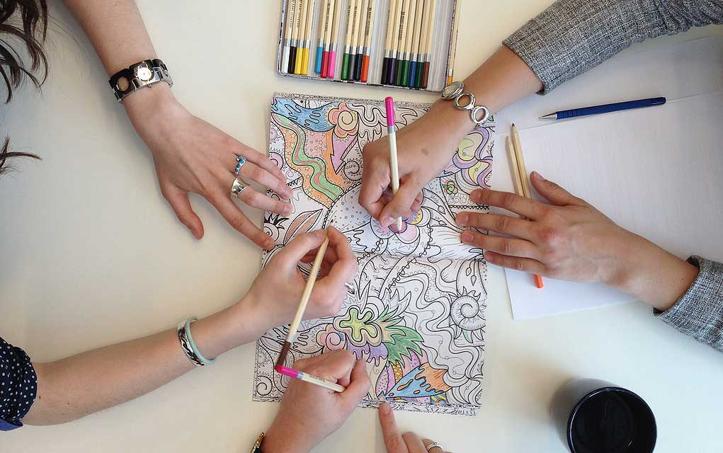 10 Awesome Coloring Books For Adults To Relieve Stress Like Nothing Else ⋆  THE ENDEARING DESIGNER