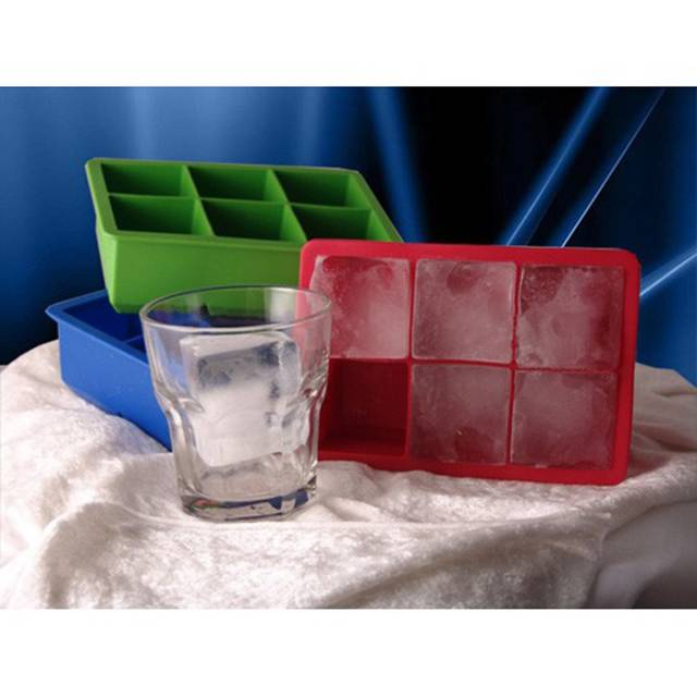 Tovolo King Cube Ice Tray | 10 Unusual And Creative Ice Cube Trays