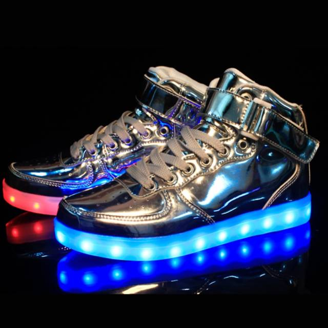 10 Led Shoes That Light Up At The Bottom And Change Colors So Bright The Endearing Designer