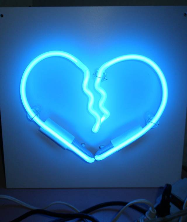 10 cool neon art lights that will transform your wall into a sign of awesomeness  u22c6 page 3 of 4